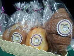 ขนมปัง 10.฿