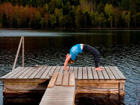 Elizabeth_yoga-6 (Small).jpg