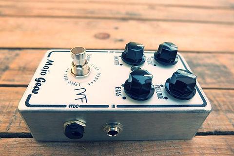 Mojo Fuzz Deluxe AC128