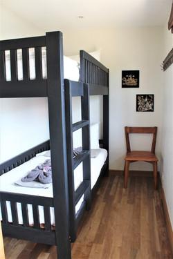 Sovrum längst bak