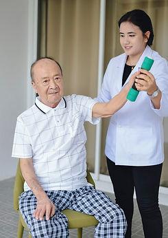 ศูนย์ดูแลผู้สูงอายุ กายภาพบำบัด3.jpg