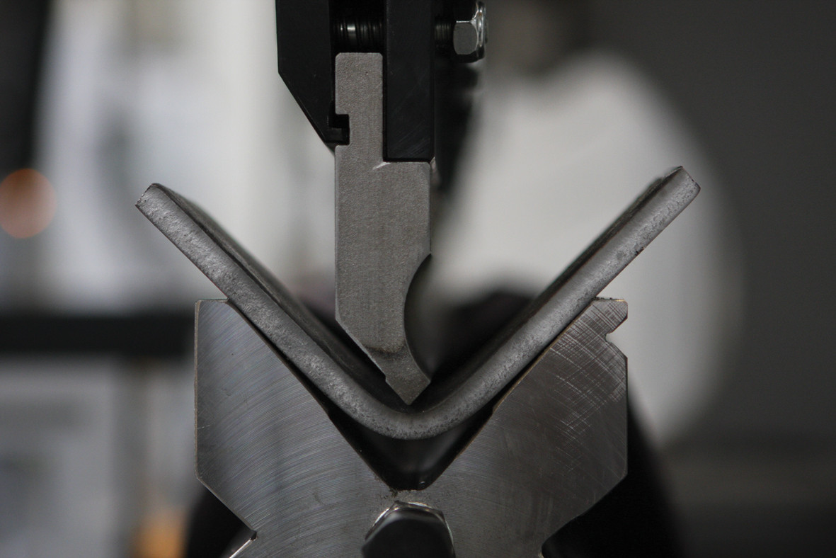 press-brake-bend.jpg