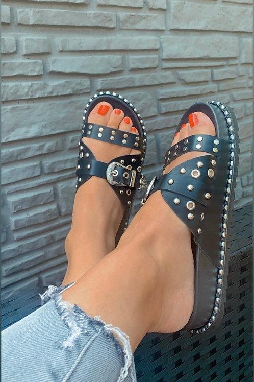 Zwarte slippers - studs