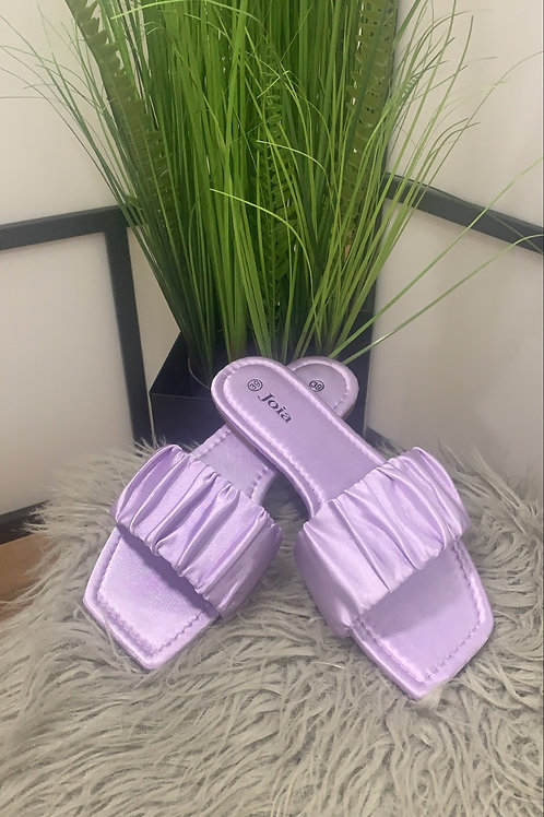 Lila slippers