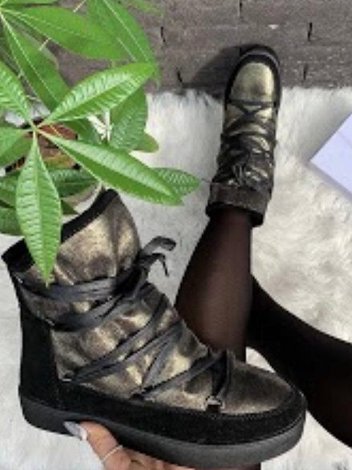 Boots Gold met pels vanbinnen