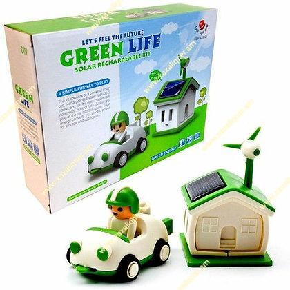 """Արևային պանելով աշխատող մեքենա և տնակ """"Green life"""""""