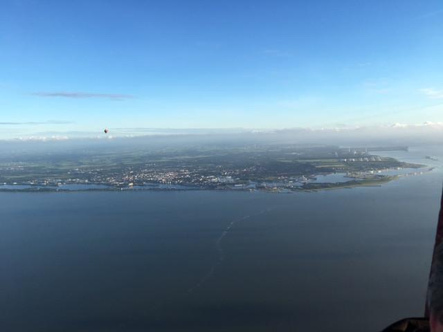 Der Blick aus dem Ballon zurück nach Wilhelmshaven