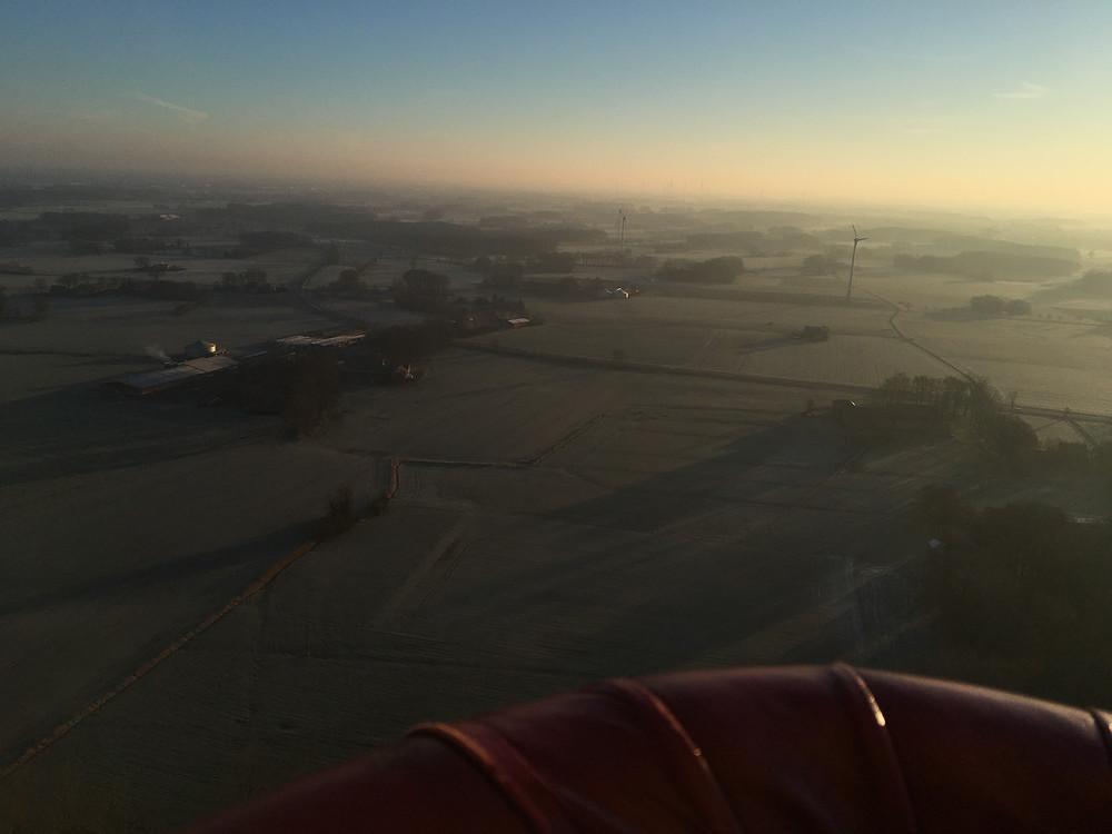 Morgens im Heißluftballon