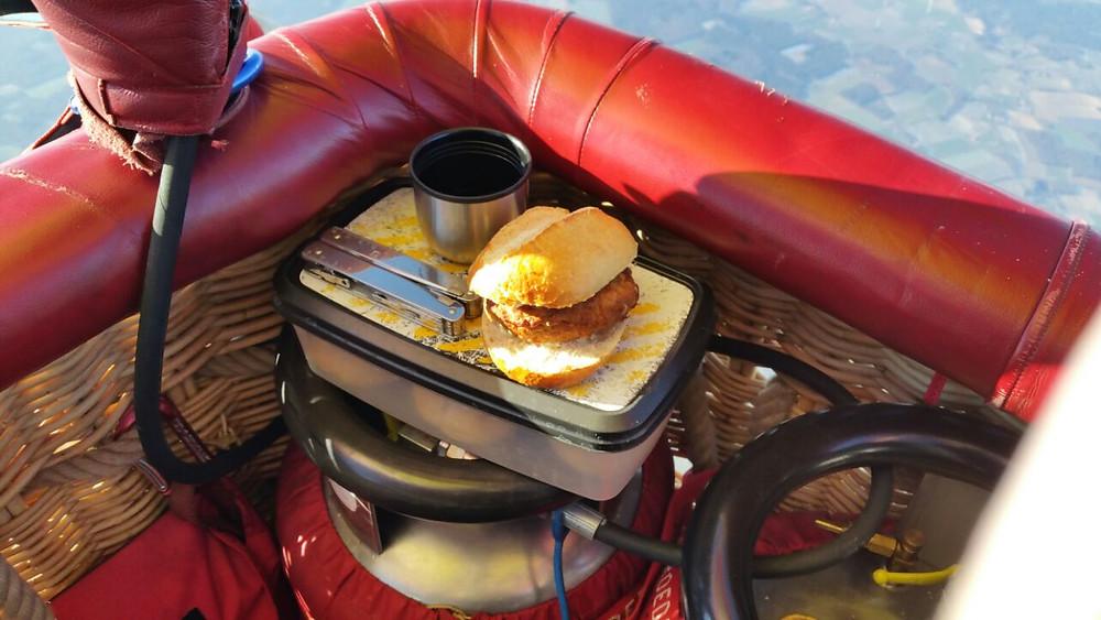 Frühstück bei der Ballonfahrt