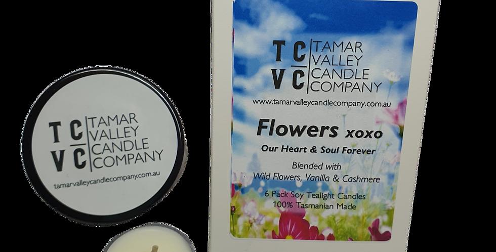 Flowers xoxo Soy Tealights