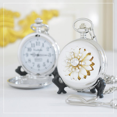 Sweet White Daises, Pocket Watch gift
