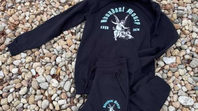 Black Abundant Money - Jogging Suit