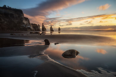 Three_Sisters_NewZealand_Tongaporutu