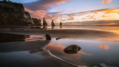 New_Zealand_06_Three_Sisters