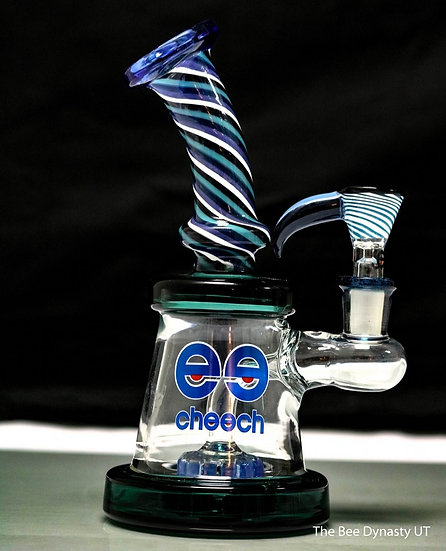 Blue and White Swirl Rig