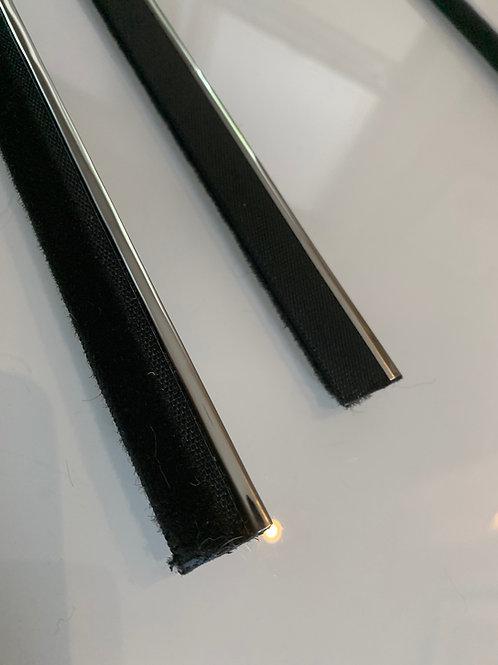 2002 / CS INNER door felt strip