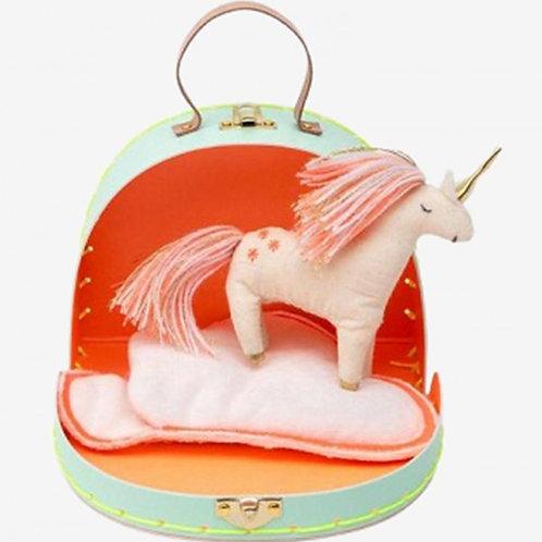Bella's House Mini unicorn suitcase