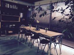 charong one table