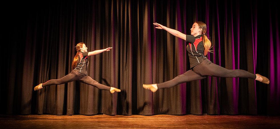Dance-3@3x.jpg