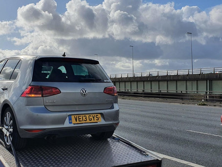 Car Breakdown Recovery | M62 Motorway to Manchester | Volkswagen Golf Clutch Issues | CR&R 24hr