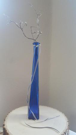 Slender Blue-ty