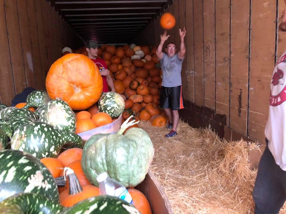 How do you unload 1,000 pumpkins?