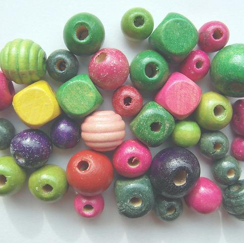 wood-beads-262075_1920_edited.jpg