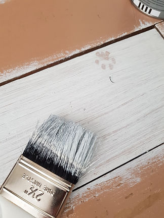 white-paint-on-wooden-surface-1566994.jp