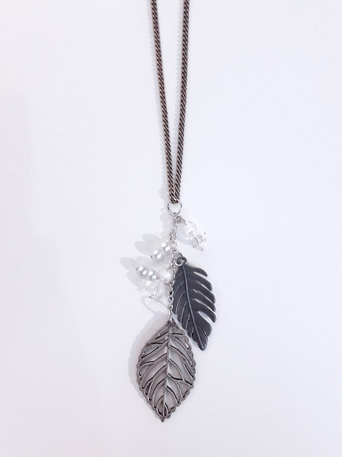Filigree Leaf Pendant