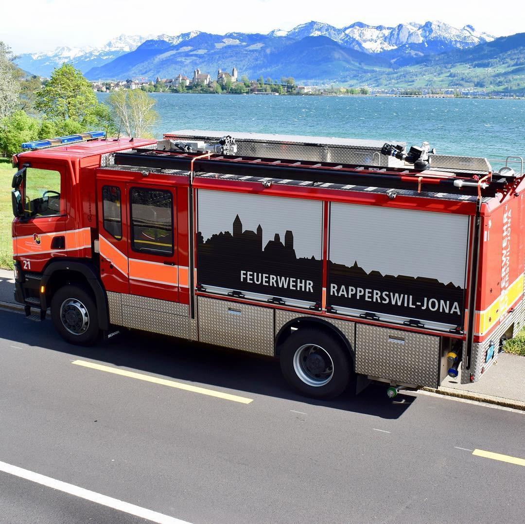 Feuerwehr Fahrzeugbeschriftung