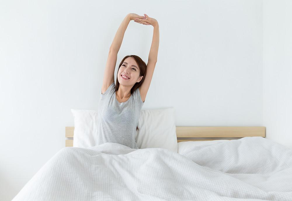 Le physiothérapeute vous donne des conseils pour mieux dormir