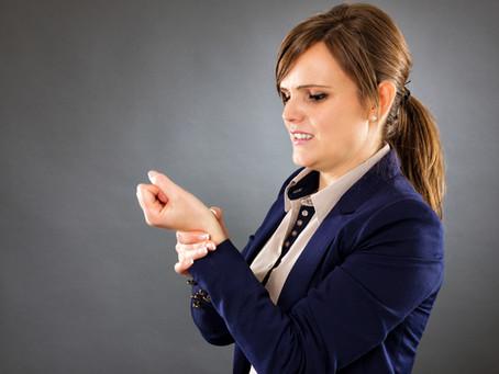 Soulagez le syndrome du canal carpien: tests, conseils et exercices