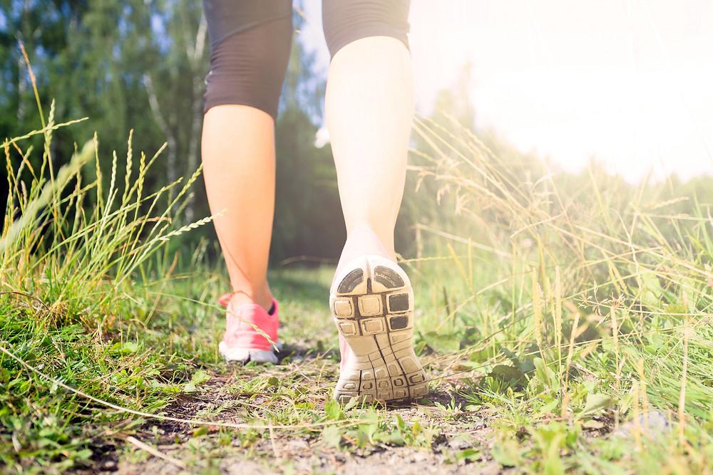 Le physiothérapeute Denis Fortier donne des conseils sur les bienfaits de la marche sur la santé
