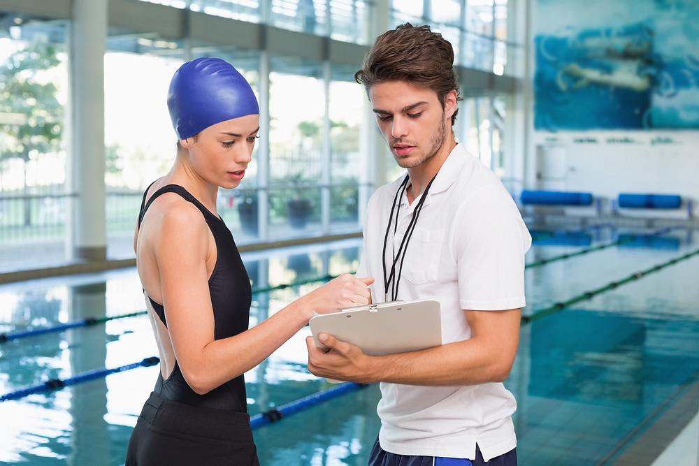 Les conseils du physiothérapeute Denis Fortier: les exercices faits dans l'eau
