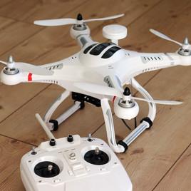 quadrocopter-1033642_1920.jpg