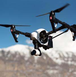 drone-1245980_1920.jpg