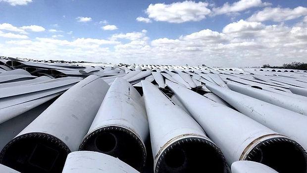 windturbineblades3.jpg
