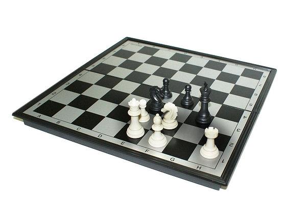 """Игра магнитная """"3 в 1"""" (шахматы, шашки, нарды)."""