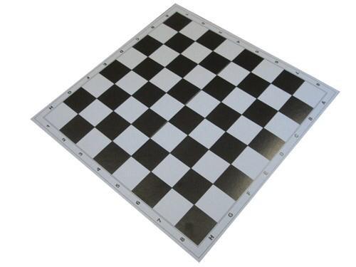 Доска для шашек картонная.