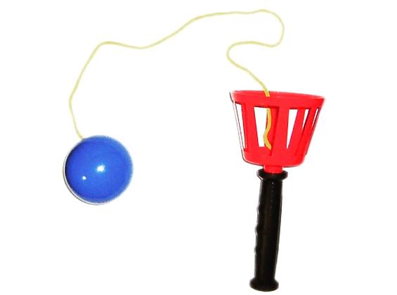 Игра «Поймай мяч»