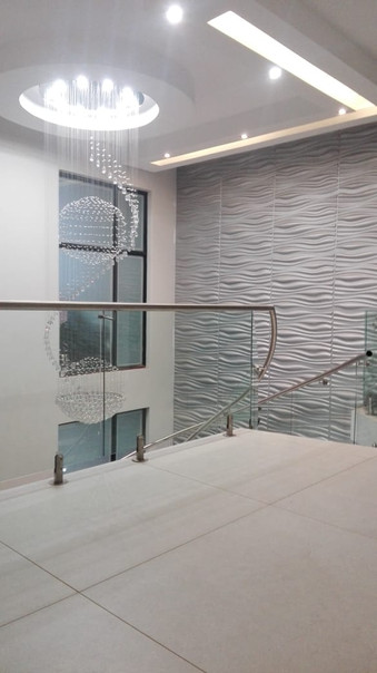 Foyer Design - Bespoke clean staircase d