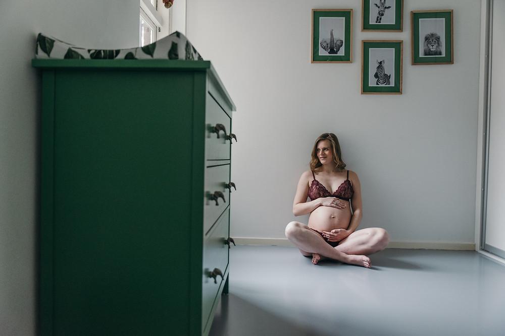 Lifestyle zwangerschapsshoot Rotterdam