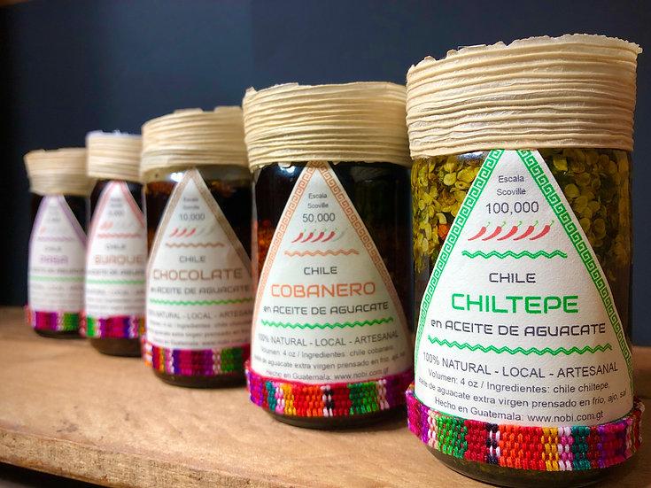 Chiles Guatemaltecos en Aceite de Aguacate, Picante Rico y Saludable - 4oz