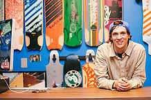 Young_man_Business-must-grow-online.jpg
