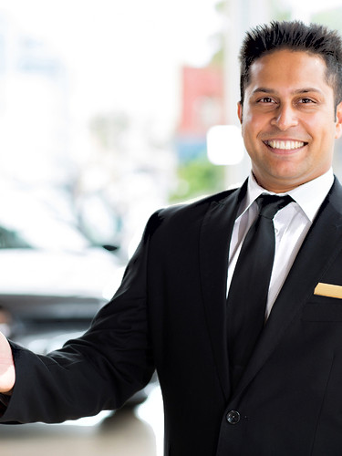 Smiling_Business_Man.jpg