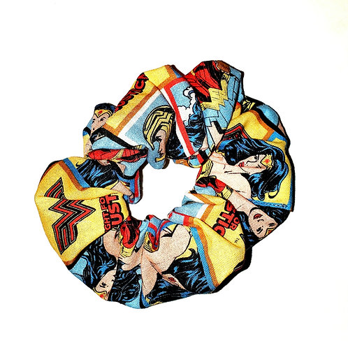 Wonder Woman Scrunchie Yellow