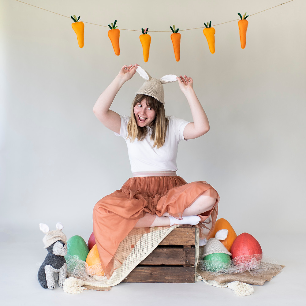 easter, portrait, photographer, carrots, bunting