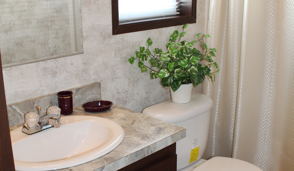 Bathroom#2.JPG