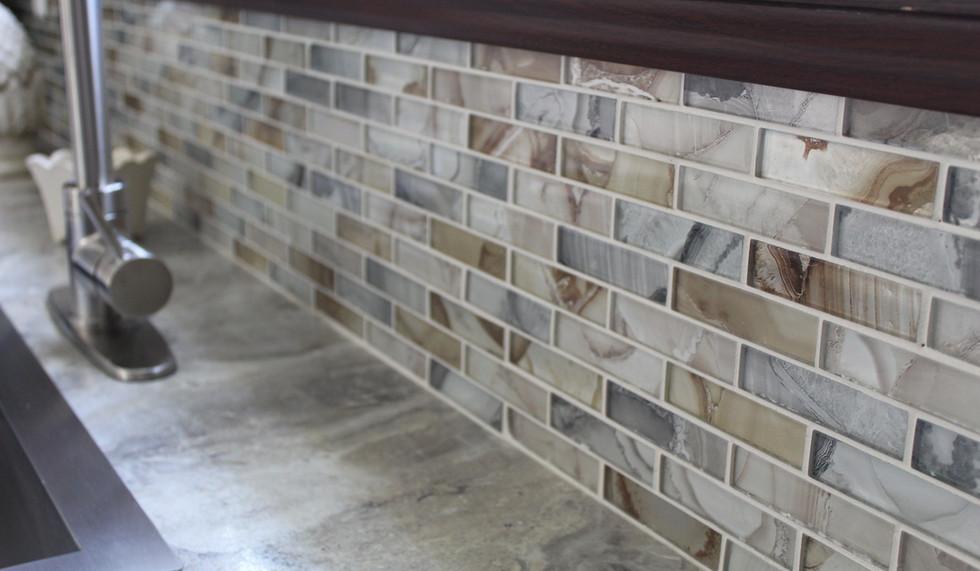 Kitchen Backsplash Tile.JPG