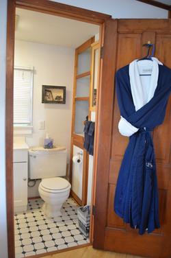 Paddle Wheel Cabin - Bathroom